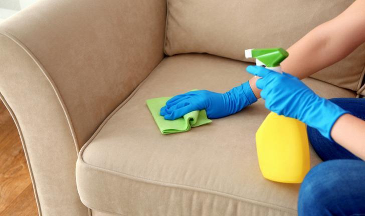 Como Limpar um Sofá de Tecido